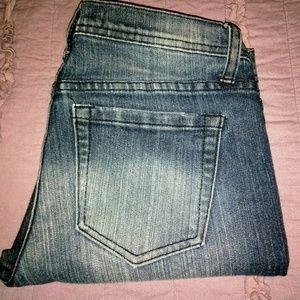 Forever 21 size 26 zipper jeans! Cute!